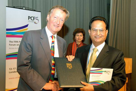 honorary fellow of the commonwealth of learning